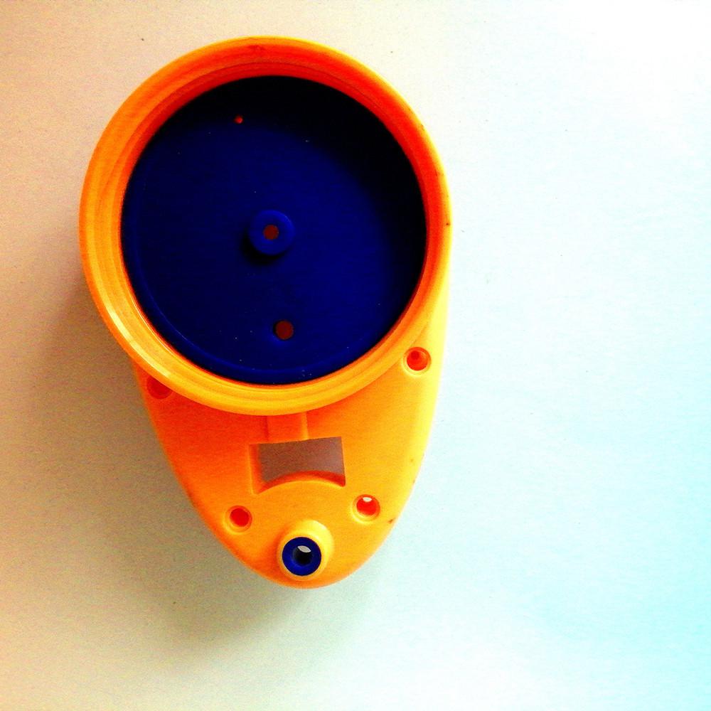 【液态硅胶包PC】液态硅胶包胶-密封瓶盖液态硅胶包胶